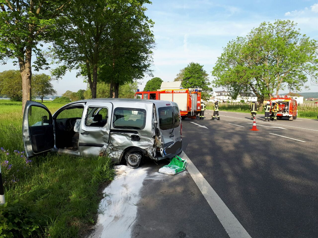 Verkehrusnfall Oestrich-Winkel 18.05.2017 Feuerwehr Mittelheim